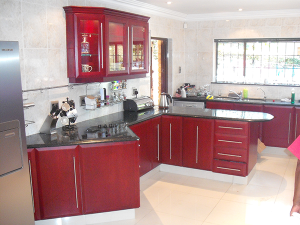 Cherry Laminate Kitchen